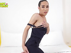 Ladyboy-Ladyboy is all about beautiful Grooby girls! And today you just got lucky because EikQ has returned. She is beautiful and she knows it! This stunning naked vixen just loves to enjoy her sexuality while you enjoy looking at her. Im sure you`ll droo